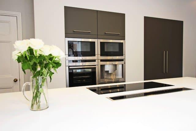 inbuilt kitchen aplliances