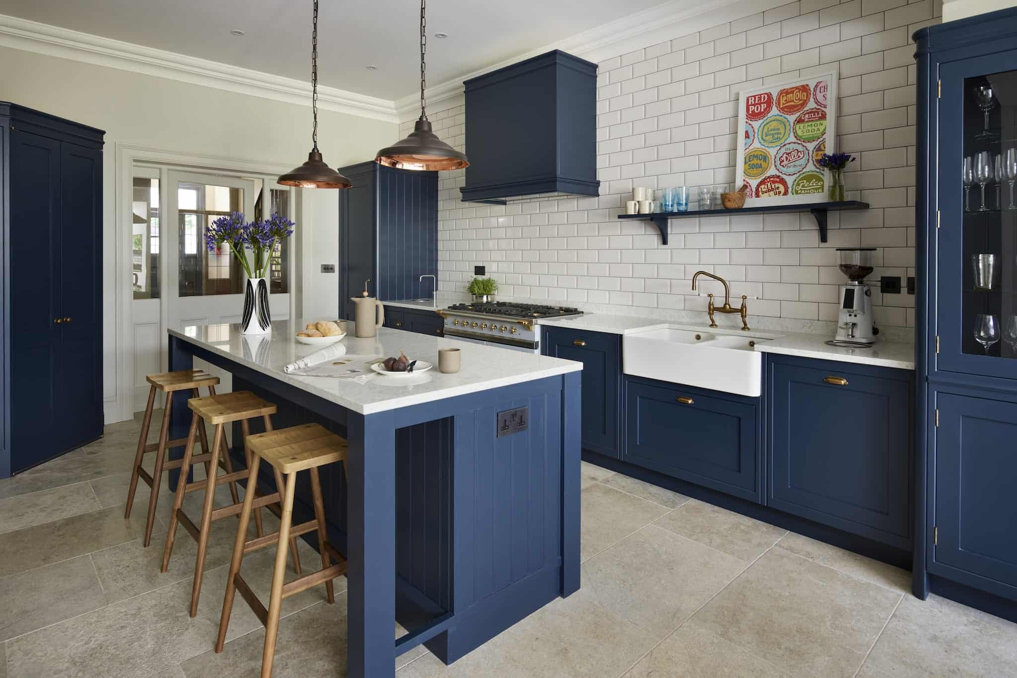 Best Kitchen Renovation Ideas - colour scheme - navy blue -1