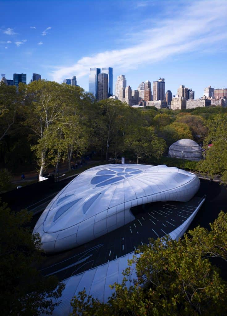 Zaha Hadid Design - Mobile Art Chanel Pavilion - photjl_02