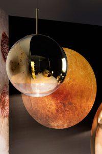 Designer Tom Dixon - Mirror-Ball-Gold-Portrait-_2_-600
