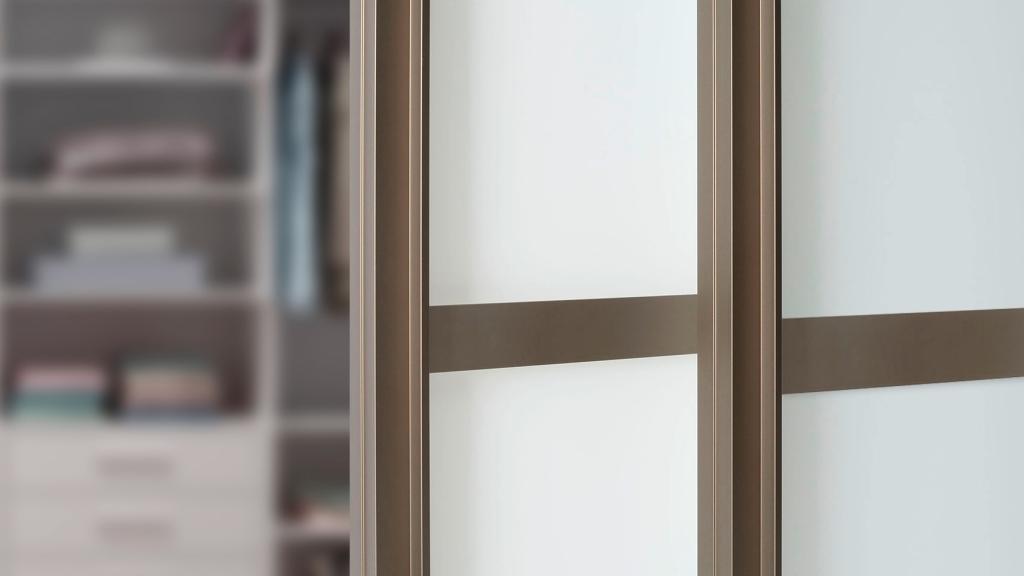 Sliding Doors Wardrobe Design _ door frame_hellbronze