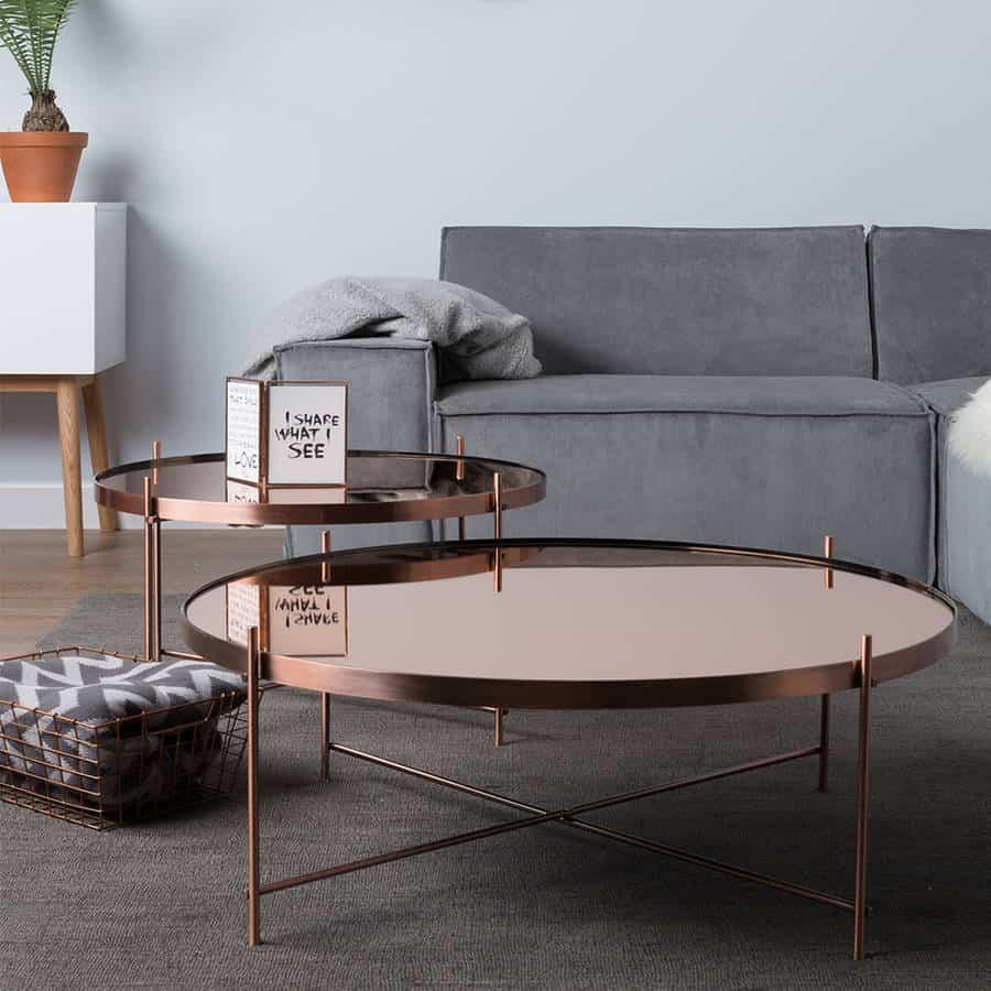 Summer Decor Trends For 2020_copper-living-room-side-table