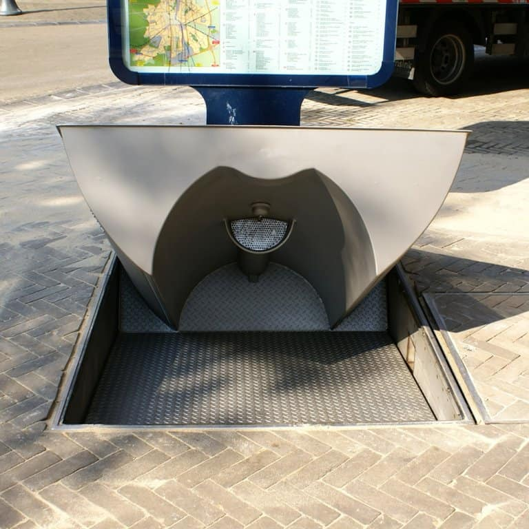 urilift_single_pop-up toilet - opening