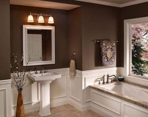Cream and chocolate bathroom