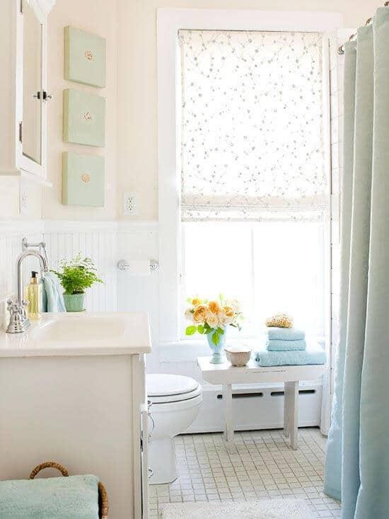 Neutral modern bathroom with bright tiles highlights