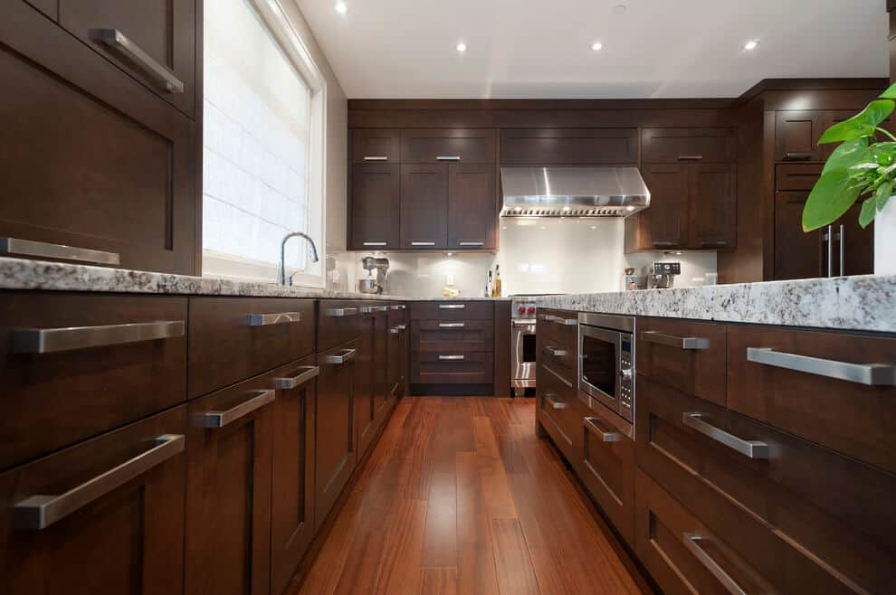 Flat Pulls for Contemporary Modular Kitchen Cabinets