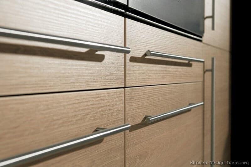 Tubular Pulls for Modern Modular Kitchen Cabinets