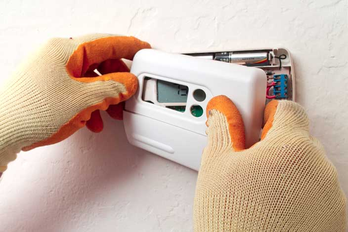 thermostat installation for air conditioning