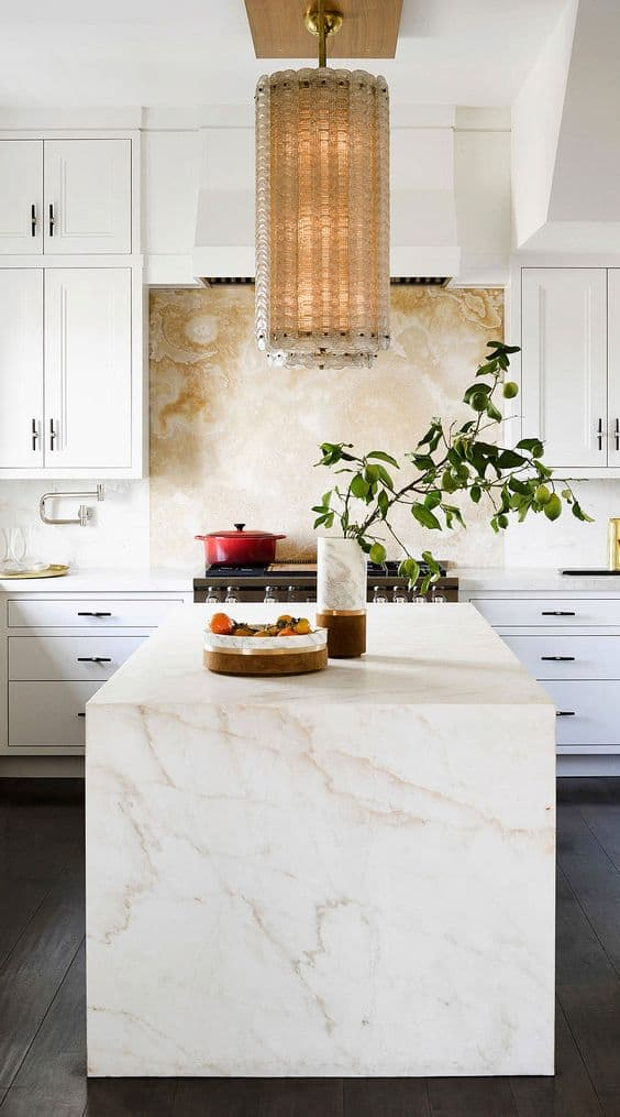 offwhite surface for a white cooking area