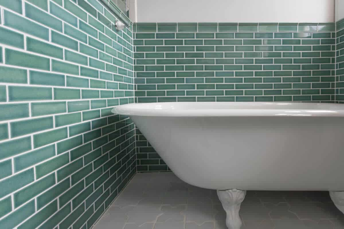 Epoxy paint for tiles