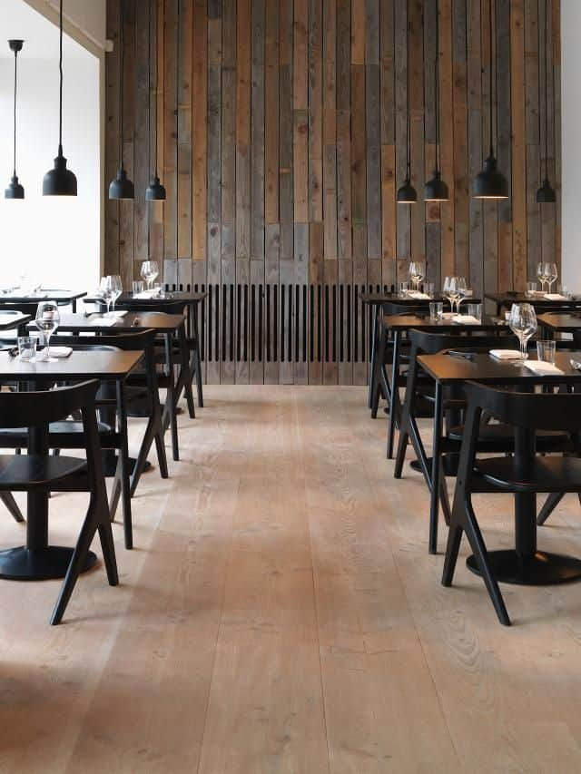restaurant wall design with wood planks