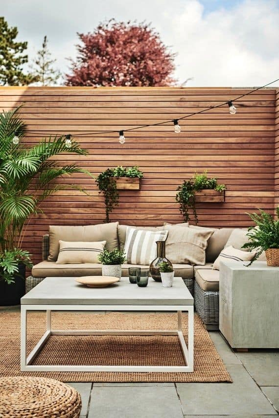 wood wall design for compound