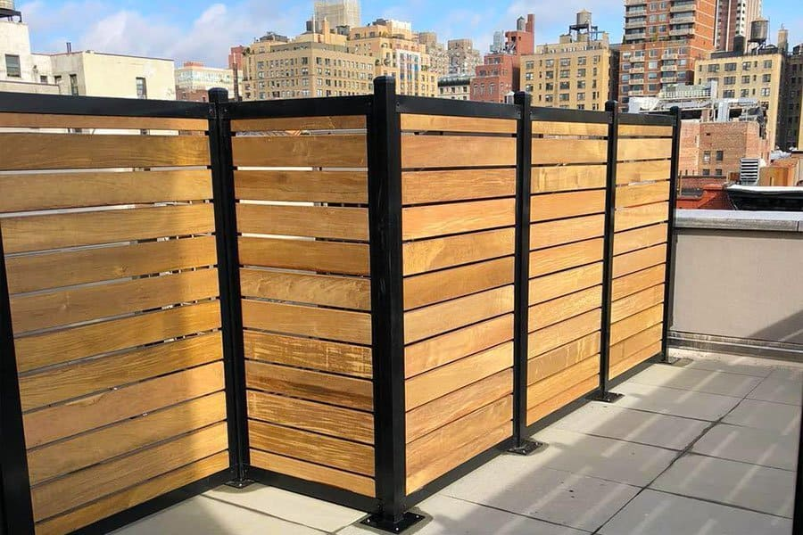 parapet wall design with wood planks