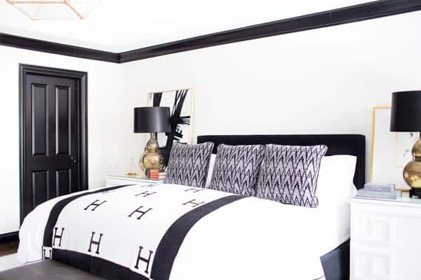 matte black wall with black cornicles