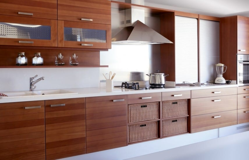Simple and elegant kitchen cabinetry