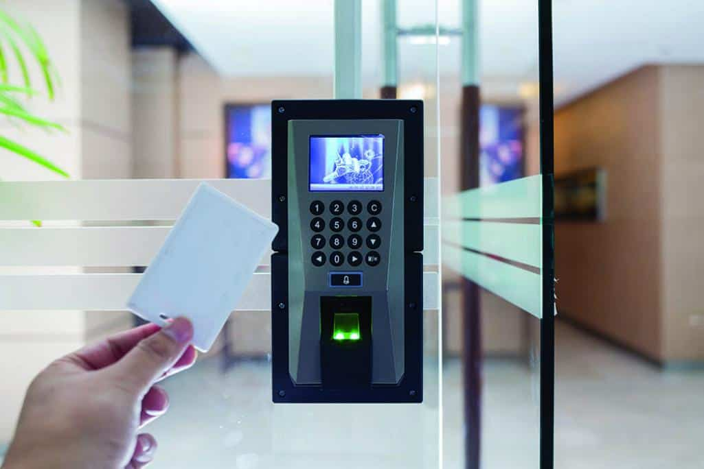 electronic door lock with rfid tracking