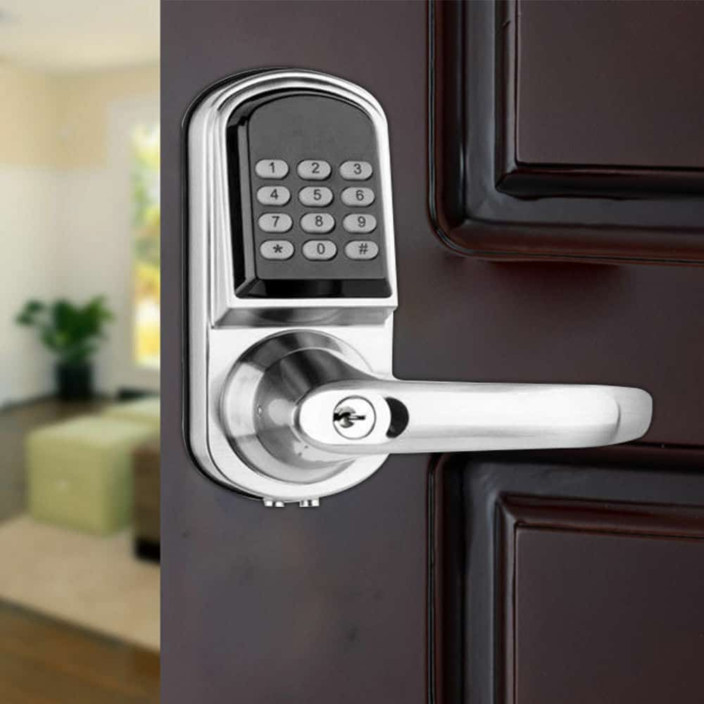 electronic door lock that can replace a traditional padlock