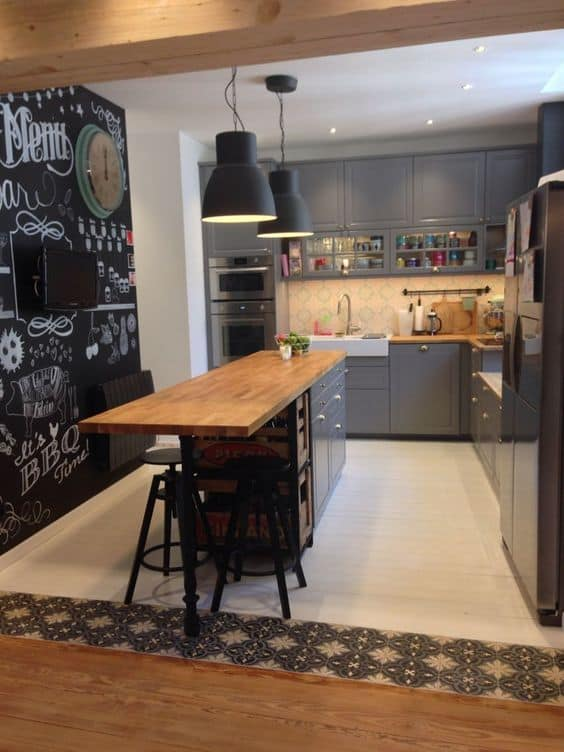 Broken peninsula kitchen design