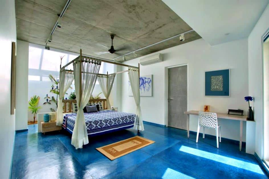 indian bedroom with four poster bed; bedroom false ceiling design; bedroom layout