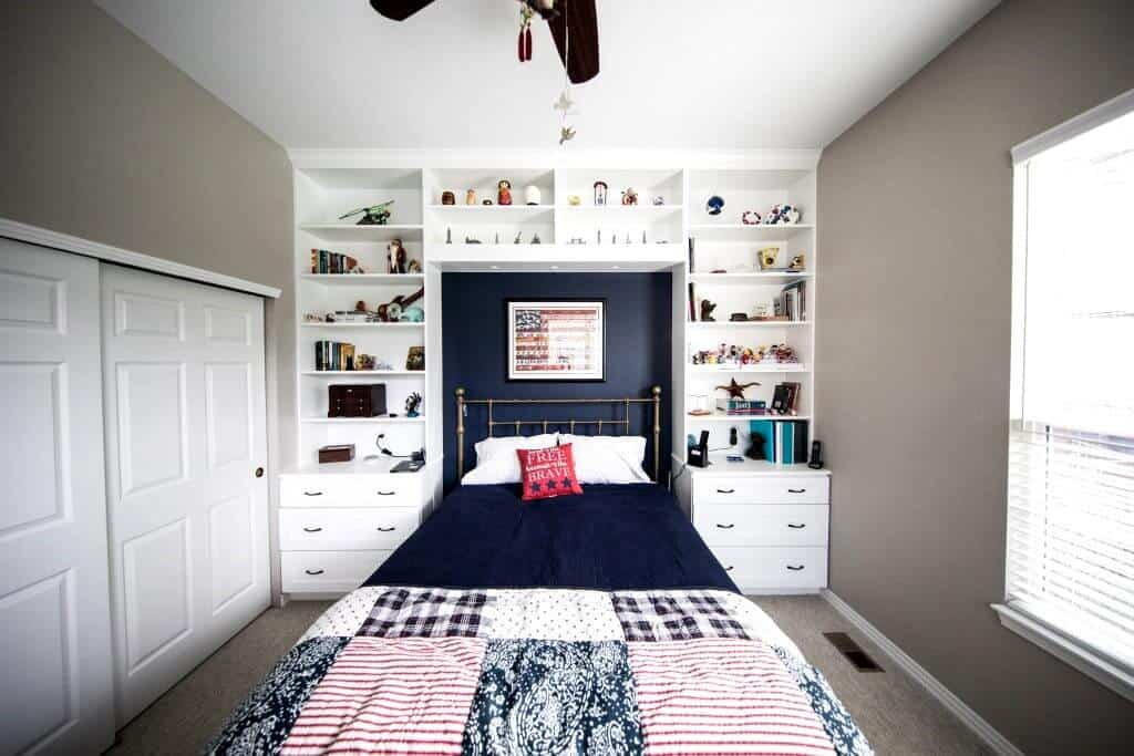 bedroom layout; neutral grey and oriental blue bedroom walls